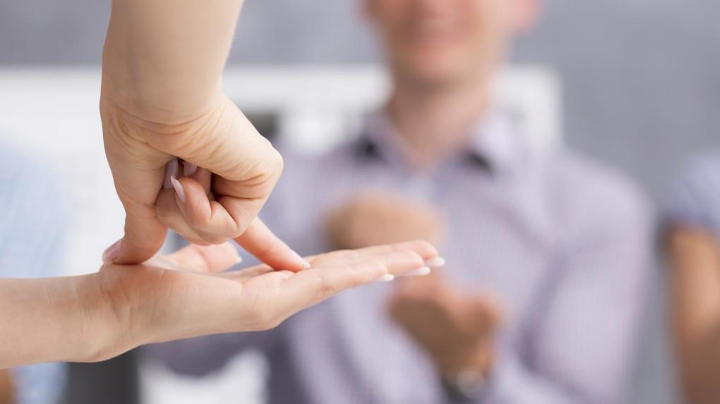 pourquoi apprendre la langue des signes